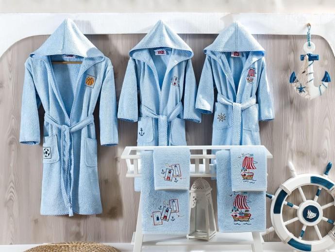 Детские махровые халаты: разновидности, рекомендации к выбору
