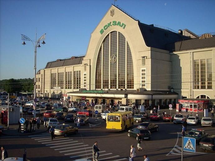 Начался плановый ремонт эскалатора на Центральном вокзале Киева