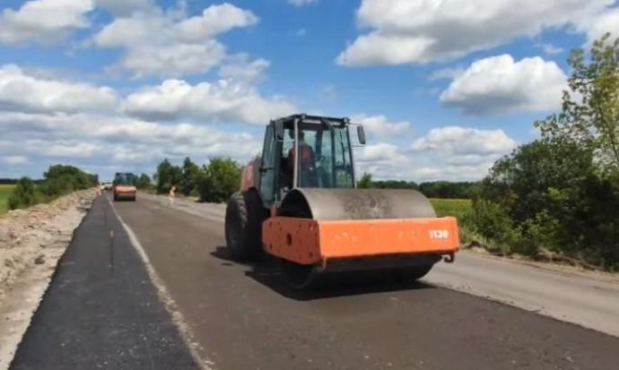 На Вінниччині ремонтують автомобільну дорогу за 155 мільйонів гривень