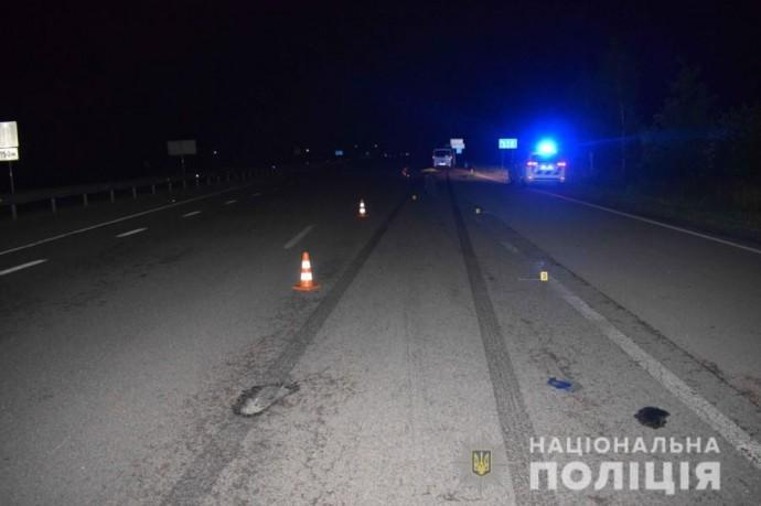 У Калинівці на пішохідному переході загинула жінка (Фото)