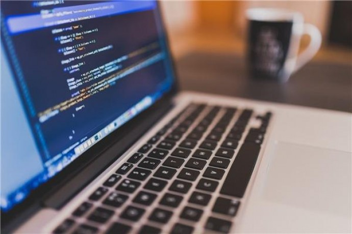 Чим корисна розробка веб-сайту для вашої компанії