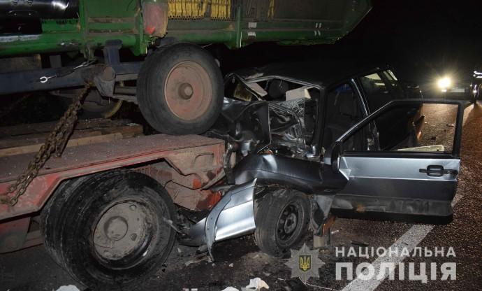 У Немирівському районі внаслідок ДТП загинула одна людина, троє госпіталізовані (Фото)