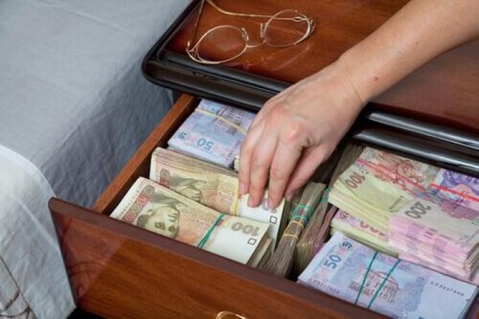 На Вінниччині директор центру зайнятості привласнив півмільйона гривень