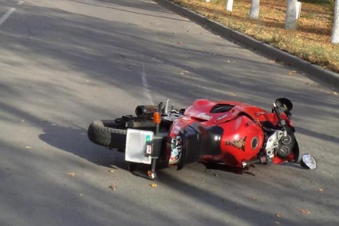 У Ладижині нетверезий водій мотоциклу травмував неповнолітнього пасажира