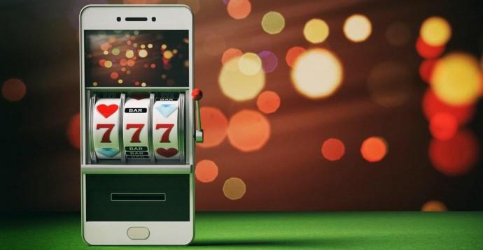 Скачиваемые казино на телефон: обзор приложений