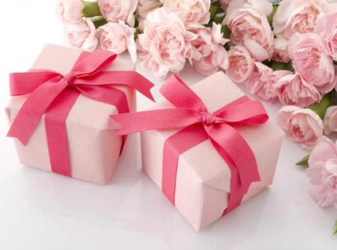 Подарок для женщины: что нужно выбрать?