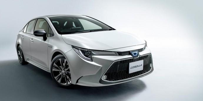 Легендарна Toyota Corolla зменшилася в розмірах для японського ринку