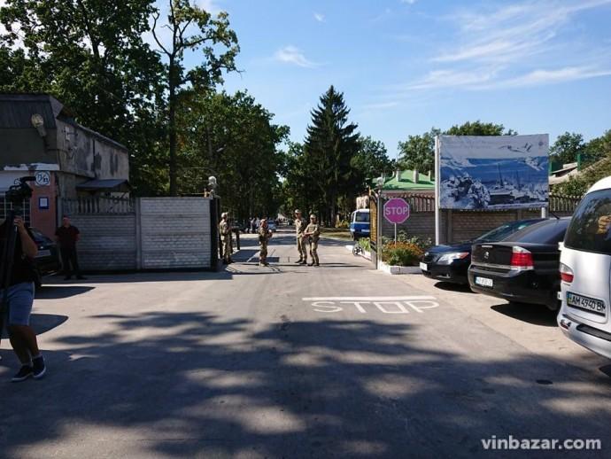 У Міноборони прокоментували ситуацію щодо вибухів та пожежі на складах у Калинівці