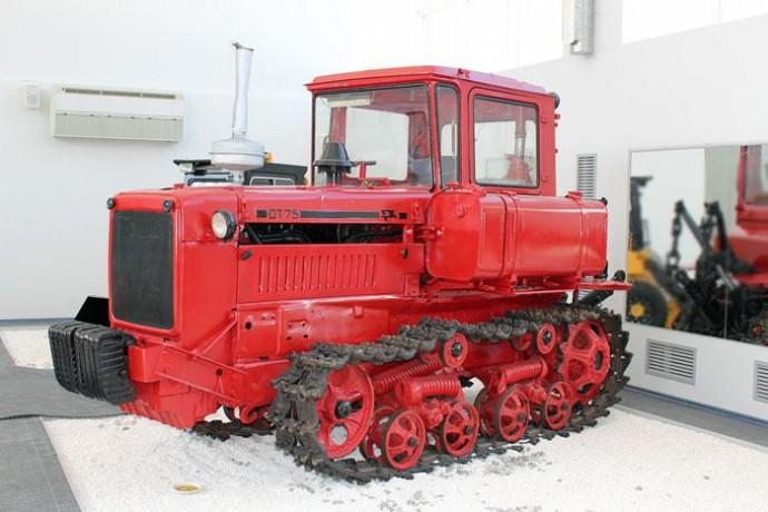 Особенности трактора ДТ-75