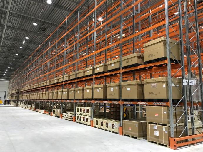 За полгода в Украине начали строить 400 тысяч квадратных метров складов