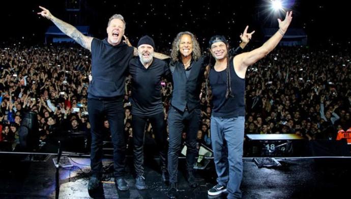 Группа Metallica отменила тур