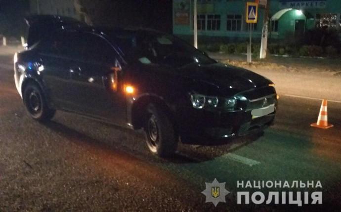 У Корделівці на переході Mitsubishi збила матір з двома дітьми (Фото)
