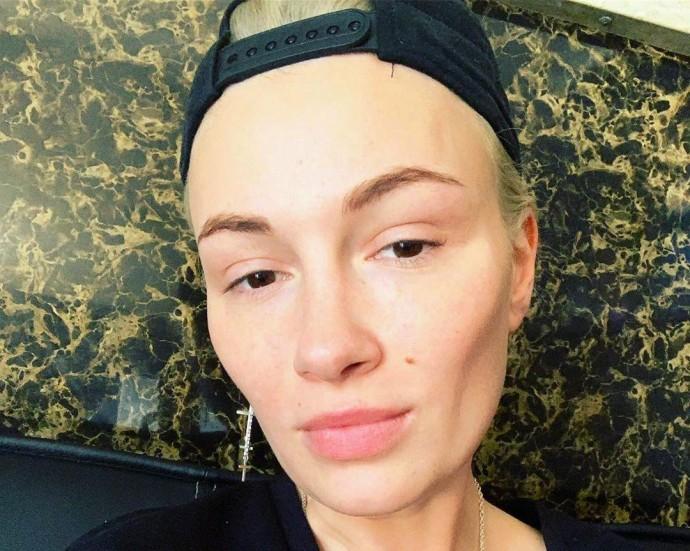 Співачка Приходько, яка програла на окрузі у Вінниці, пішла з