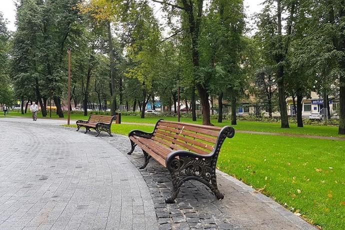 Скамьи в парках наконец-то станут удобными