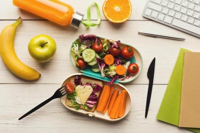 Обед на работе: в чем брать с собой еду?