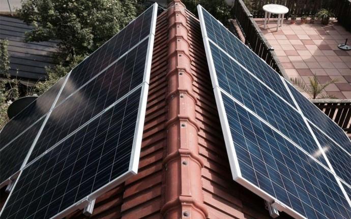 Енергія сонячних батарей для приватного будинку та підприємства
