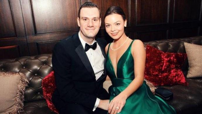 Спадкоємець Playboy одружився з актрисою