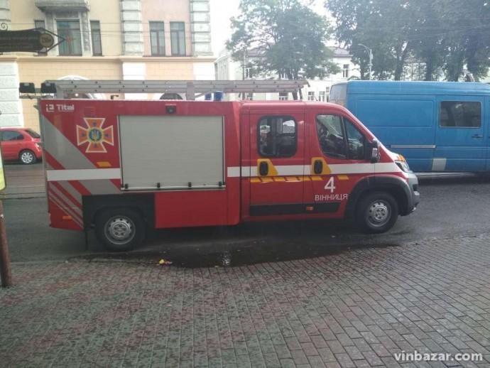 У Вінниці евакуювали більше 9 тисяч людей через повідомлення про замінування