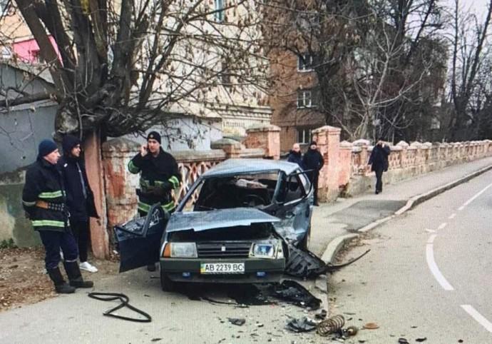 У Вінниці на Стрілецькій сталася ДТП. Загинув водій (Фото)