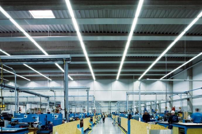 Освещение промышленных и производственных помещений