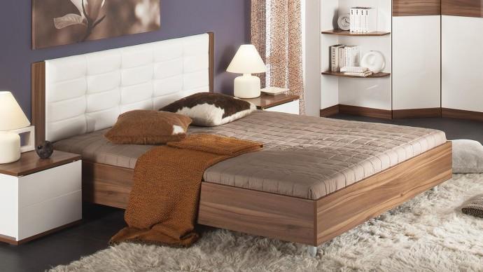 Особенности двуспальных кроватей