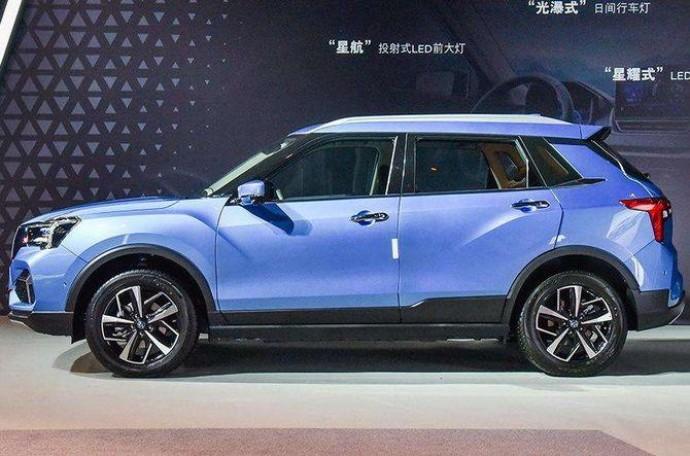 Суббренд Nissan порадует новым электрокроссовером