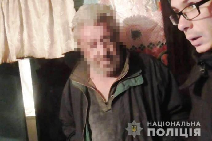 На Вінниччині зловмисник побив пенсіонерів та відібрав 19 тисяч гривень (Фото)