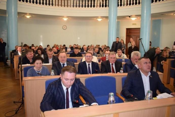 У Вінниці депутати підтримали звернення до Верховної Ради щодо змін законопроєкту про ринок землі