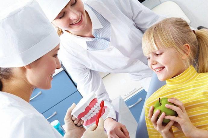 Первый поход в стоматологию, как подготовить ребенка