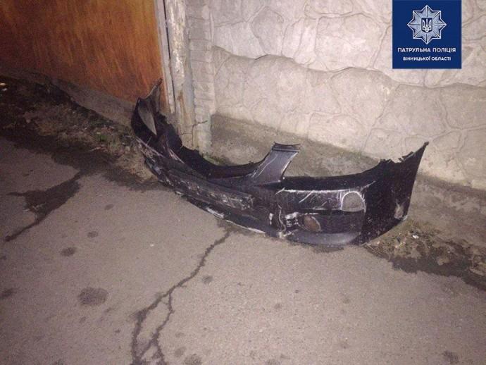 На Київській п'яний водій потрапив в ДТП на намагався втекти від поліцейських