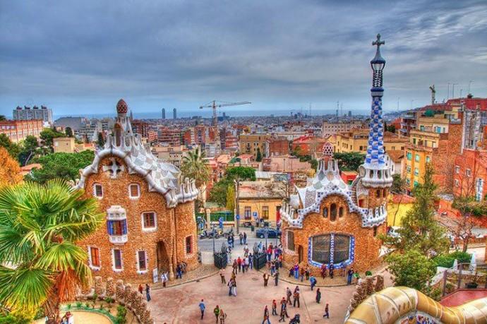 Барселона - город Гауди
