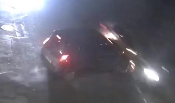 На Тяжилові зіткнулися Renault та Volkswagen. Одну з автівок знесло на узбіччя (Відео)