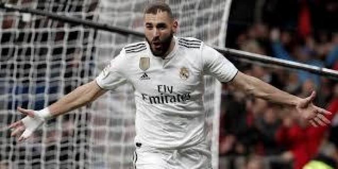 Бензема согласен подписать с Реалом новый контракт