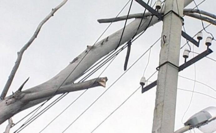 У Вінницькі області через негоду 70 населених пунктів залишилося без електрики