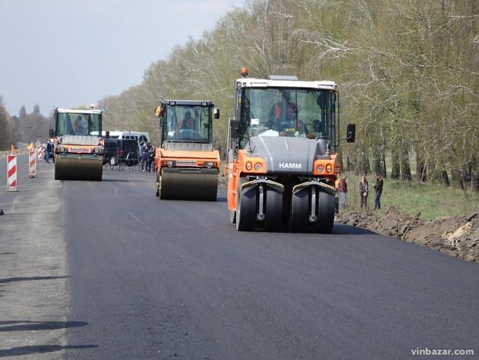 Назвали місцеві дороги, які ремонтуватимуть на Вінниччині у 2020 році. Перелік (Фото)