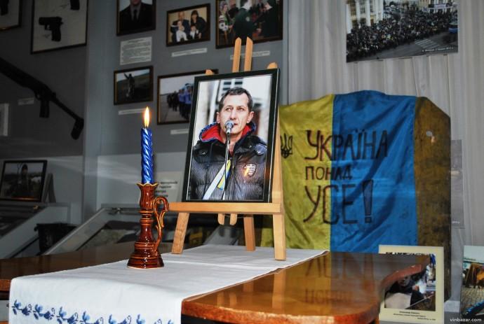 У Вінниці відкрили виставку робіт героя Небесної сотні Валерія Брезденюка (Фото)