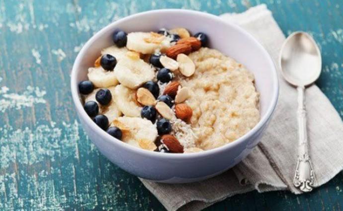 Названы простые продукты, которые избавят от холестерина