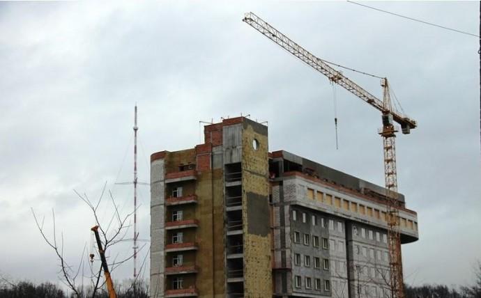 Біля майбутнього кардіоцентру у Вінниці пропонують встановити пам'ятник серцю (Фото)