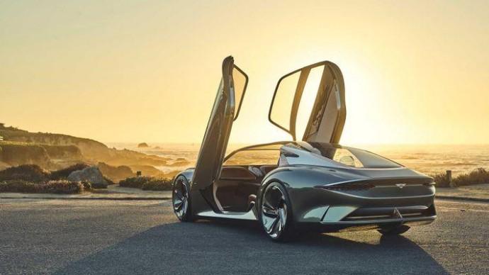 Bentley откладывает выпуск электрокара в долгий ящик: в чем причина