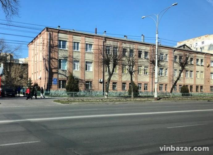 Пологовий будинок, де у медсестри виявили коронавірус, закрили на карантин