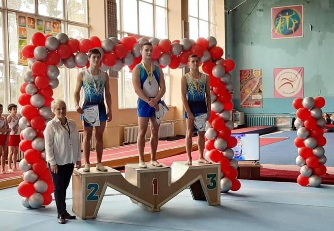 Вінничанин виборов путівку на чемпіонат Європи зі стрибків на акробатичній доріжці (Фото)