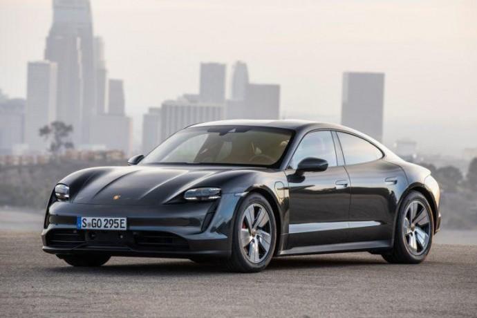 Porsche інвестує 10 млрд євро в електрифікацію моделей до 2024 року