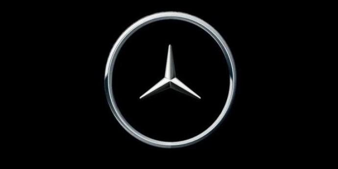 Держи дистанцию: новый логотип Mercedes