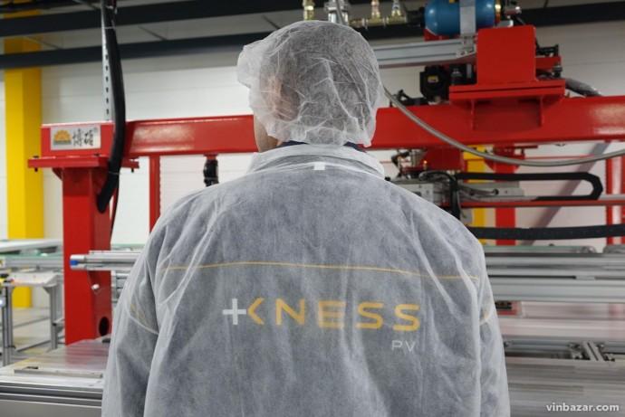 Завод KNESS у Вінниці відновив роботу, незважаючи на карантин. Працюють над замовленням для США