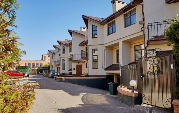 Безопасное и экологичное проживание в коттеджном поселке