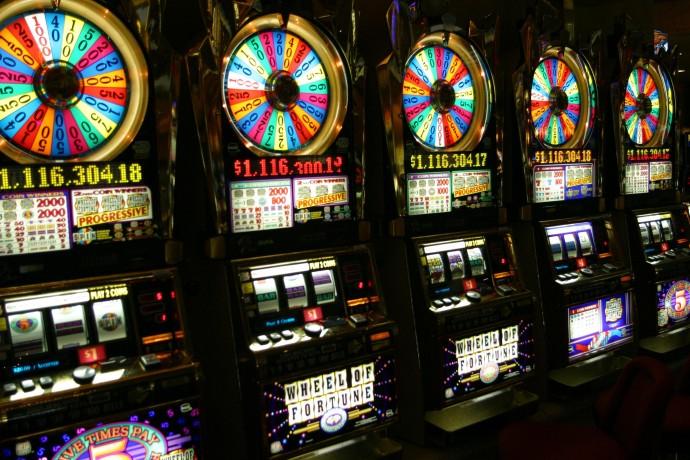 Різноманіття ігрових апаратів на гроші в Інтернеті