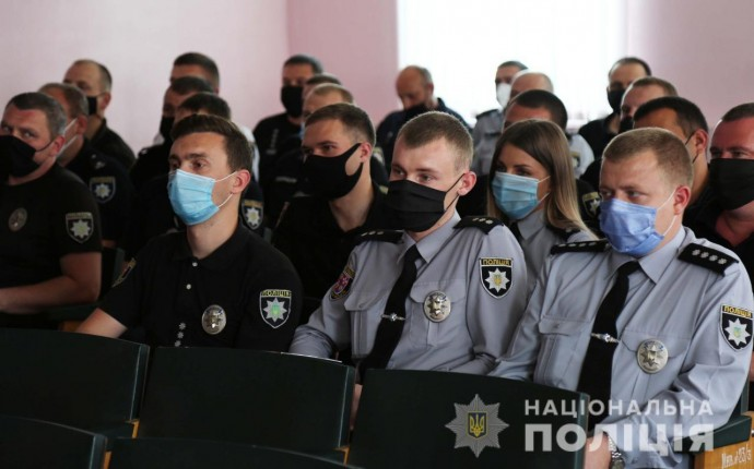 У Тульчині та Ладижині поміняли місцями керівників поліції (Фото)