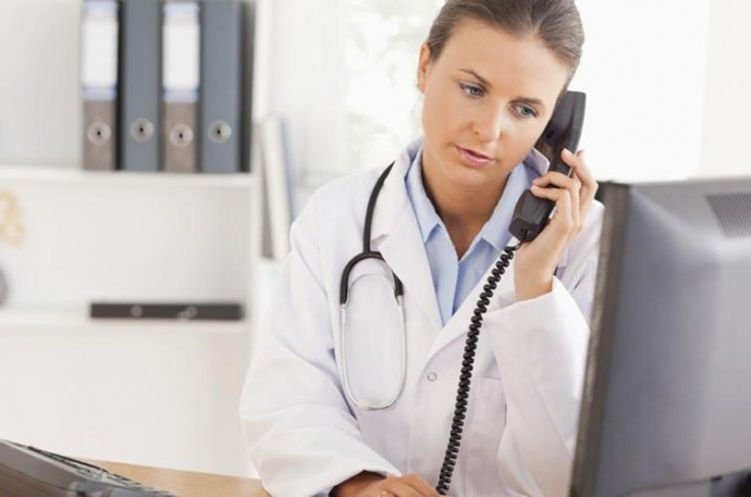 Протягом вихідних Центри первинної медико-санітарної допомоги Вінниці працюватимуть у телефонному режимі
