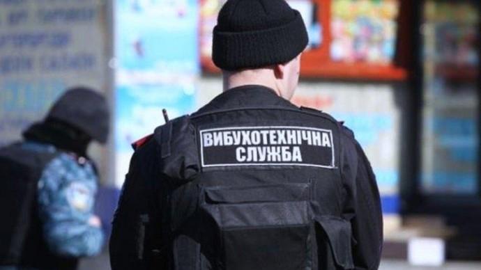 У Гайсинському районі військовий повідомив про псевдозамінування складів боєприпасів