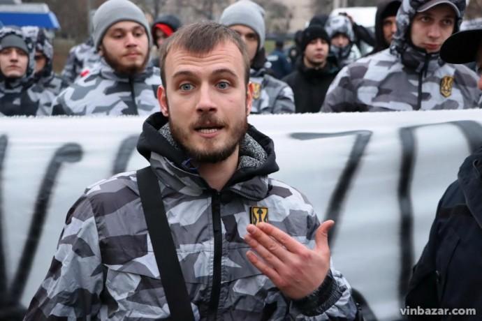 """У Вінниці затримали керівника """"Нацдружин"""", якого звинувачують у побитті прихильника Шарія (Фото)"""